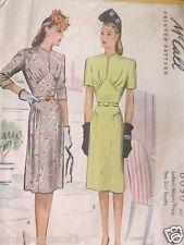Vintage années 40 McCall's 6050 Robe Jour de Mariage Soirée sewing pattern