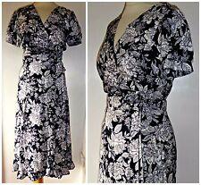 VINTAGE 80S bianco e nero floreale Wrap Tea Dress UK 12 14 40S SECONDA GUERRA MONDIALE