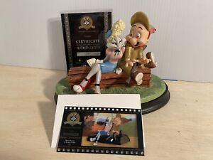 "Looney Tunes Goebel Spotlight Collection ""Isn't She Wovewe"" Rabbit Seasoning"
