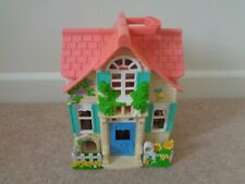 Fisher Price House loving Family Sweet Streets Dolls House