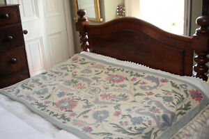 A Pretty Vintage Crewel Work Wall Hanging / Bed Spread