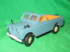 Britains 9676 Land Rover Series 2 LWB Pickup 1/32nd scale diecast VGC unboxed