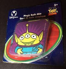 Disney Magic Bath Mitt  Alien  Toy Story  New 2011 MIP