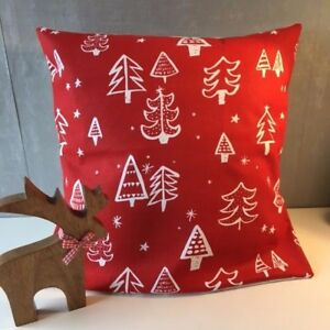 """Cheery Festive 16"""" x 16"""" Square Cushion Cover in Red with Christmas Tree Design"""
