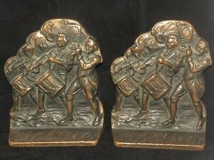 RARE VINTAGE VERONA BOOKEND, PATRIOTIC, SPIRIT OF 76, BRONZE FINISH, CIRCA 1925