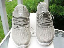 Adidas Pharrell Williams Tennis Hu Sneakers Ortholite Lightweight Boys size I,2
