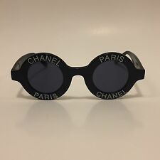 RARE ICONIC VINTAGE CHANEL PARIS LOGO SUNGLASSES BLACK ROUND 01945 10601
