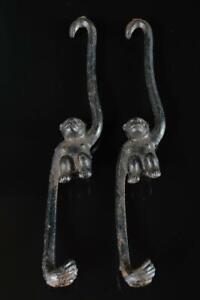 L8356: Japanese Iron Monkey sculpture -shaped ORNAMENTS object art work 2pcs