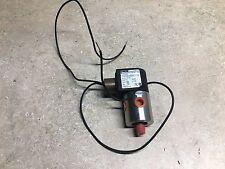 """1/4"""" Parker 7133TVN2JVM0N0C111C2  24VDC solenoid valve"""