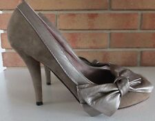 ALDO Collection Shoes Beige Suede Shoes Metallic Leather Trim & Side Bow 36 US 6