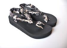 Skechers Yoga Foam Sling Toe Strap Wedge Sandals Black Gray Women's size 8