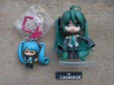 Hatsune Miku Vocaloid PVC Anime Figure & Keychain 2-Piece Lot Free Shipping