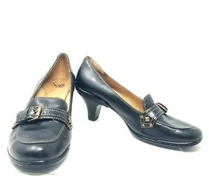 Sofft Womens 9.5 US Loafer Pebble Leather Pump Heel Buckle Shoes 1011501 Black