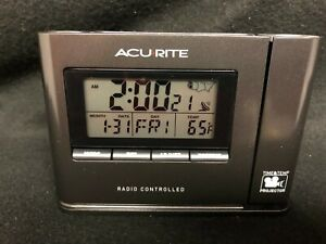 Acurite 13239 Atomic Projection Clock With Temperature Display