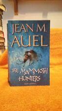 JEAN M.AUEL THE MAMMOTH HUNTERS UK PB  VERY GOOD CONDITION
