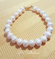 Cream/White Akoya Pearl bracelet  8-9 MM  w/ 14K yellow gold clasp.
