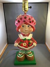 VINTAGE STRAWBERRY SHORTCAKE LAMP CERAMIC SUPERIOR STATUARY 1981 CHILD DECOR