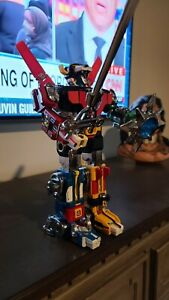 Voltron GOLION D Y&K 1981 Diecast Robot with 10 inch Sword and Shield