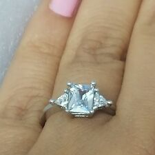 14k white gold 3 stone creatd diamond princess cut triangle Engagement ring S6.5