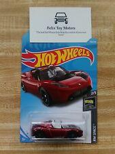 Hot Wheels: Tesla Roadster w/ Starman (2019 HW Space Mini Collection)