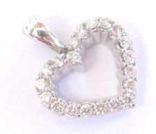 Platino Corte Redondo Colgante de Corazón de Diamante 16.7mm .60ct