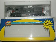 ATHEARN HO scale 94719 SOUTHERN PACIFIC 7200 GP40X w/ ELEPHANT EARS  DCC READY