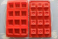 MOULE SILICONE 12 EMPREINTES / PETITS FOURS 28,5 X 17 CM