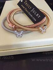 Splendido oro, argento & Rose Gold Stretch Tri Bracciale con pendente farfalle