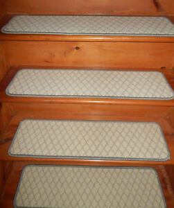 13  Step 9'' x 32'' +  Landing 28'' x 32''  Tufted carpet Wool  Stair Treads .