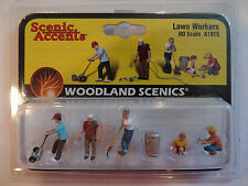 Woodland Scenics Ho #1915 - Lawn Workers
