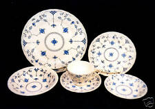 "81-PCS (OR LESS) MYOTT/STAFFORDSHIRE ""FINLANDIA"" BLUE & WHITE ENGLISH CHINA"