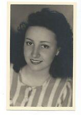 BM880 Carte Photo vintage card RPPC Femme portrait année 50