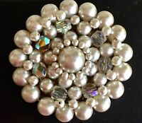 Glamour  vintage  gold metal fx pearl aurora borealis cluster brooch