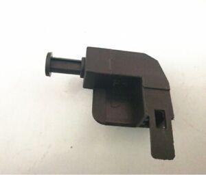 Handbrake Parking Warning Light Switch for Audi A4 B5 A6 C5 A2 VW Passat Superb