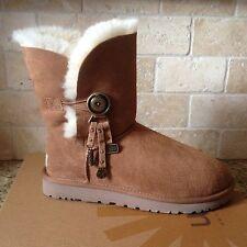 UGG Azalea Charms Button Chestnut Suede Classic Short Boots Size US 9 Womens NIB