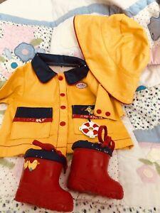 Baby Born Raincoat Hat And Wellies Set