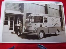 1957 ? CHEVROLET SUNBEAM BREAD TRUCK   11 X 17  PHOTO /  PICTURE
