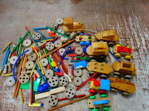 Tinkertoy /  Wood Toy Lot