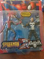 Toybiz Marvel Legends Spider Man Vs The Punisher Two Pack Extremely Rare NEW