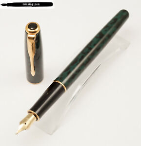 Parker Sonnet Cartridges Fountain Pen in Laque Forest Green gold plated M-nib