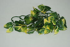 Reptile FMR Vivarium Amapallo Small Plastic Plant 20 cms For All Vivarium