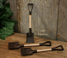 """6 ~ Rusty Tin Shovels for Crafts ~ 3 1/2"""" ~ Doll Supplies"""