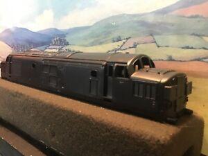 Hornby R751 Class 37 Split headcode. Unpainted body only