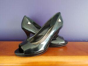Guess Womens Size 6 1/2 M Black Shiny Peeptoe Logo Stiletto Pump Heels Shoes