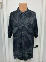 Caribbean Joe Island Mens l large black button Rayon Hawaiian leaf print Shirt