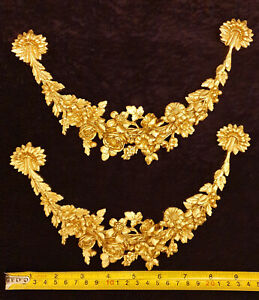 PAIR DECORATIVE MOULDING ANTIQUE GOLD GILT OR WHITE WALL FURNITURE DECORATION