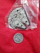 Millennium Falcon Free S/H pin Enamel Medal millenium hollywood pins star wars