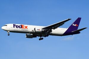 Boeing 767-300  1/144  Zvezda kit + decal  FedEx