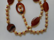 """Stunning Vintage theatrical carved MOP agate necklace, 30"""""""