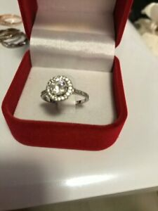 Sig-nity Diamond engagement ring this is a beautiful ring high quality silver